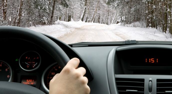 Zimi vozite potpuno odmorni i ne jedite tešku hranu