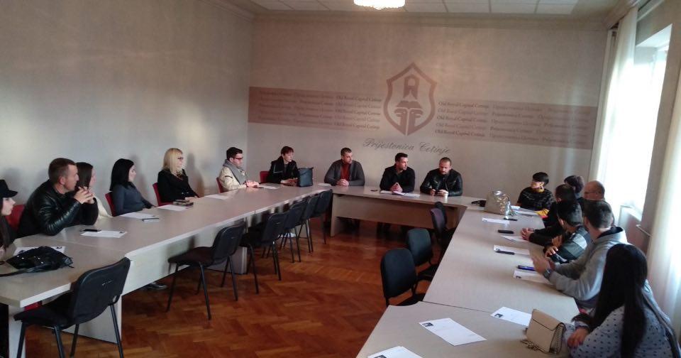 Savjet mladih DPS Cetinje: Protesti pokušaj da se lažima ugrozi konstantni progres