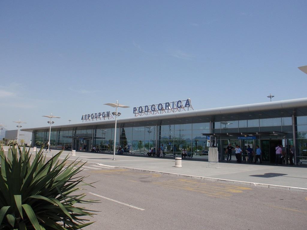 Aerodromi CG: Nijesu uvedene strožije kontrole putnika zbog korona virusa
