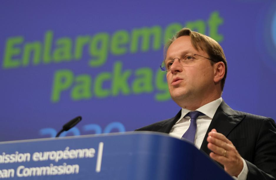 Varhelji: Istražujemo opcije da se osigura održivost javnog duga Crne Gore i eliminišu rizici iz prošlih aranžmana
