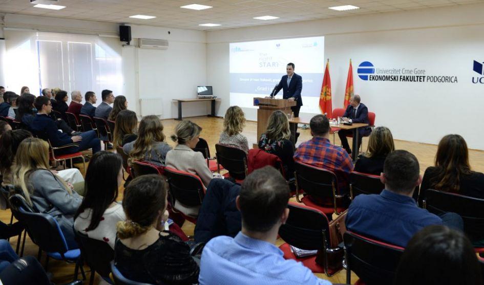 Vuković održao predavanje o održivom razvoju grada i učešću građana u tom procesu