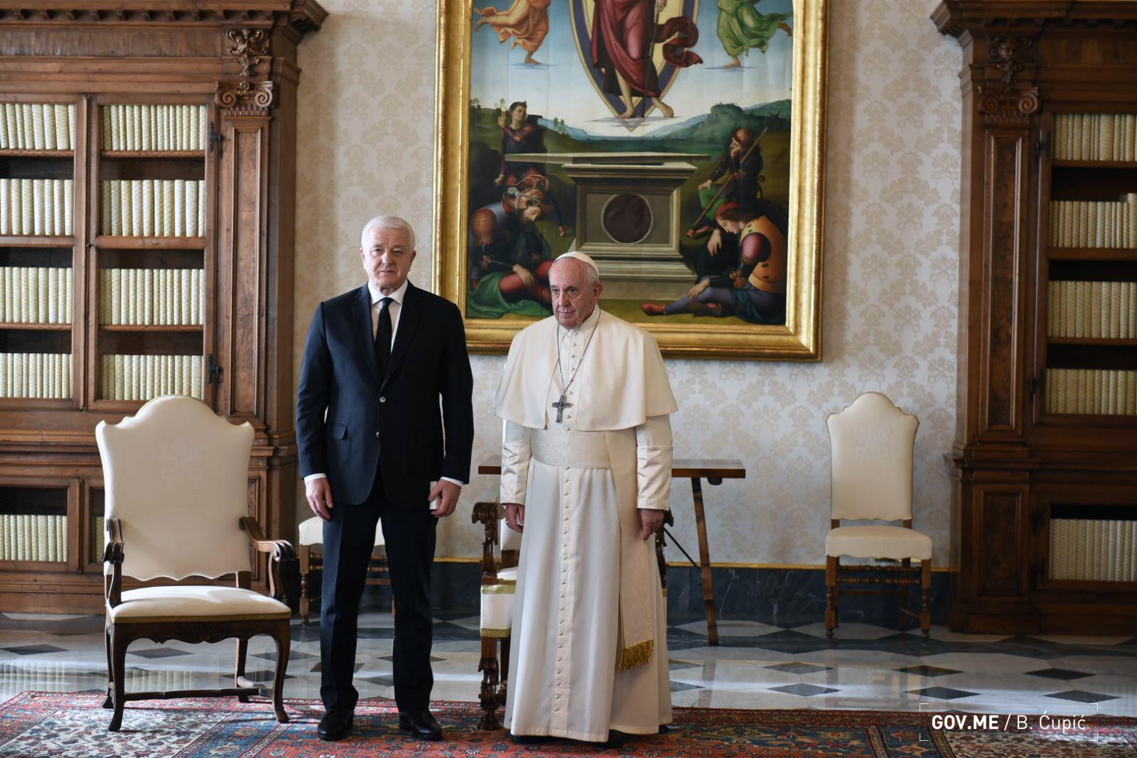 Marković u Vatikanu: Pogledajte doček i prijem