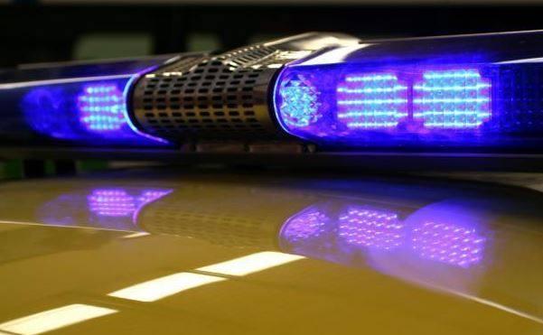 Muškarac prijeti da će se baciti sa zgrade, policija pregovara sa njim