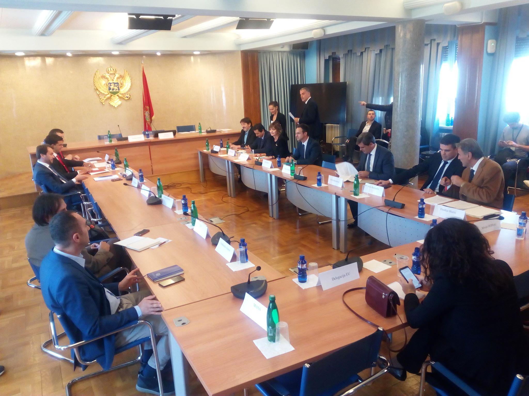 Odbor za izborne reforme: Do 22. oktobra prvi nacrti zakona, za usvajanje odluka 11 od 14 glasova
