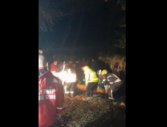 Tivat: Spasioci izvukli muškarca iz jame, akcija trajala više od sat