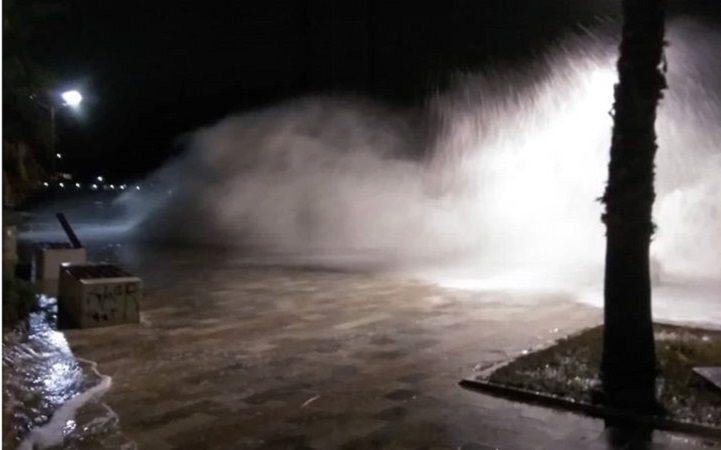 Jako nevrijeme u Herceg Novom, poplavljeni poslovni prostori