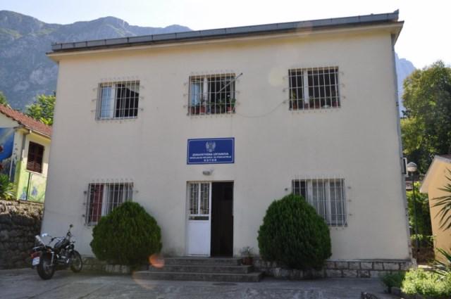 Kako su žene ušle u čuvani dio bolnice u Dobroti: Pokrenut disciplinski protiv osoblja