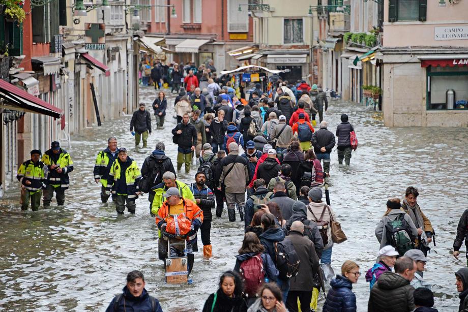 Veneciju čeka još jedan težak dan, kiša ne prestaje da pada