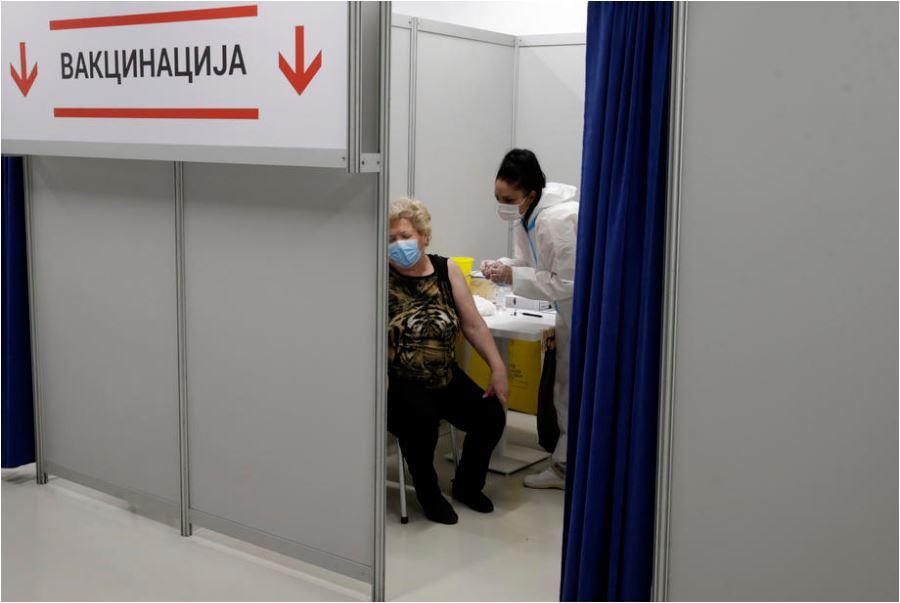 U Srbiji još sedmoro preminulih od korone, na respiratorima 22 osobe
