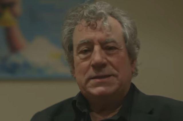 Preminuo Teri Džouns