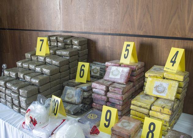 Zaplijenjeno više od tone kokaina iz Južne Amerike