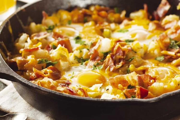 Ukusno i brzo: Zapečeni krompir sa slaninom