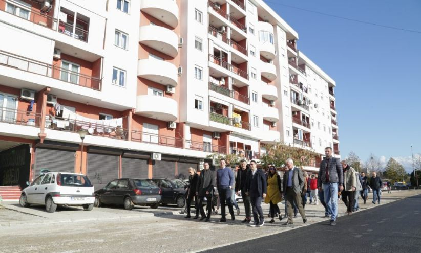 "Nakon dvanaest godina: ""Zabjelska Vektra"" dobija uređen parking"