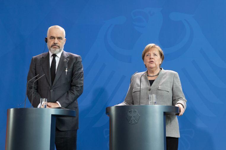 """Rama tvrdi: Merkel podržava """"mini Šengen"""""""