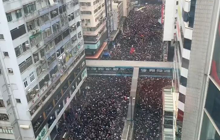 Demonstranti u Hong Kongu odbacili izvinjenje Vlade