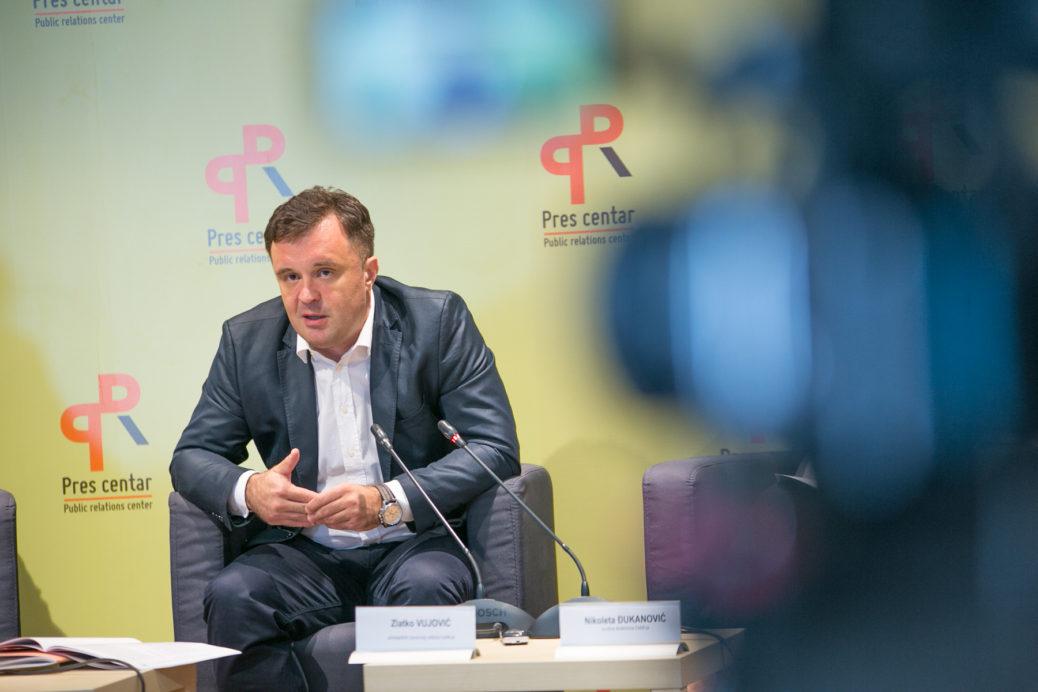Vujović: Odgađanje pitanja izbornih lista je politički trik
