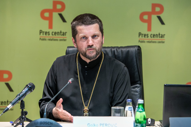 Perović: Srpska pravoslavna crkva nije najprimjereniji naziv, ali nije na političarima da to riješe