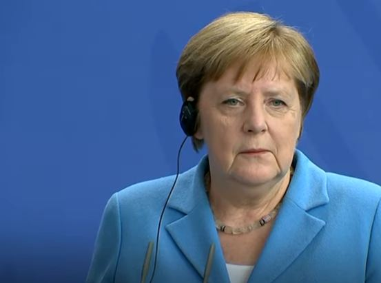 Merkel Erdoganu: Odmah obustaviti ofanzivu na sjeveru Sirije