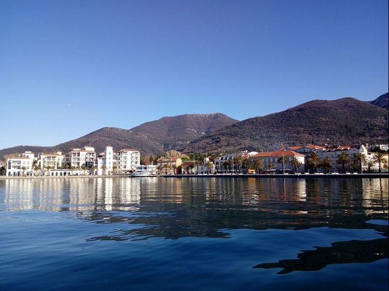 U Tivtu oko 30 odsto više turista