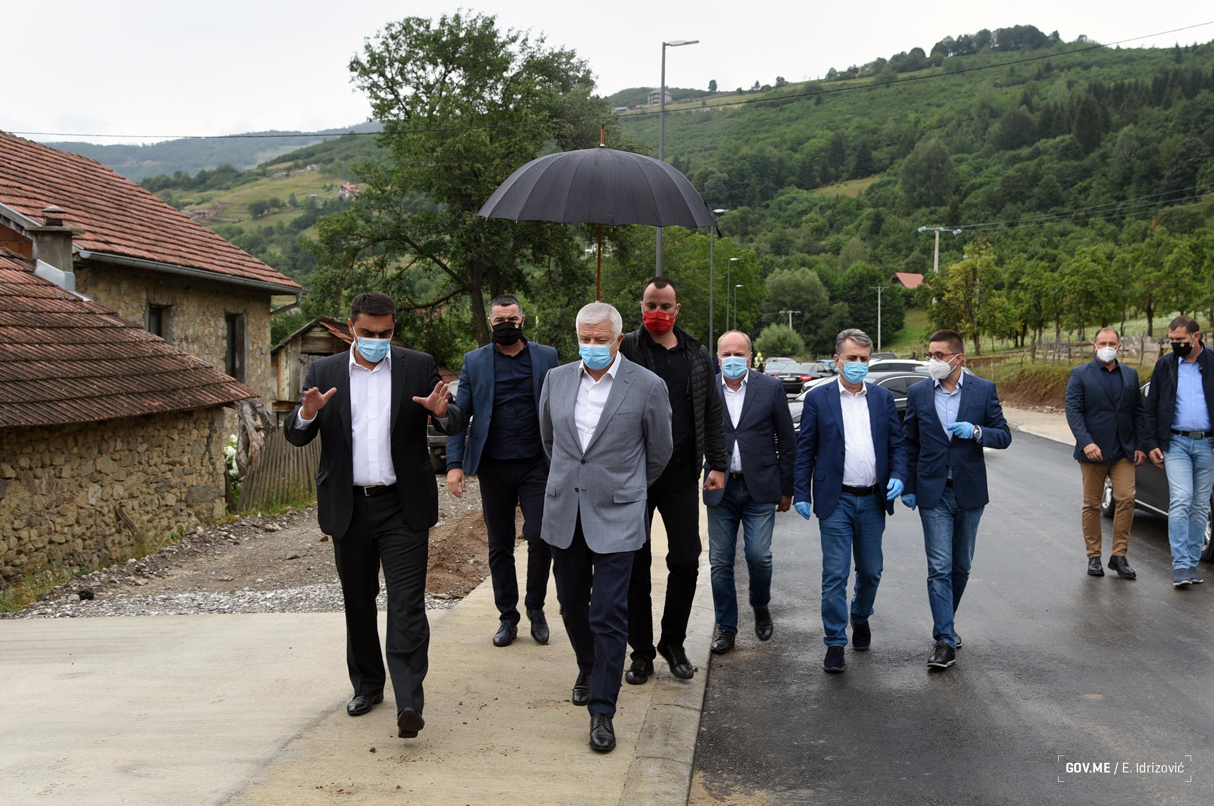 Vrijedan pola miliona eura: Marković otvorio rekonstruisani trg u Plavu