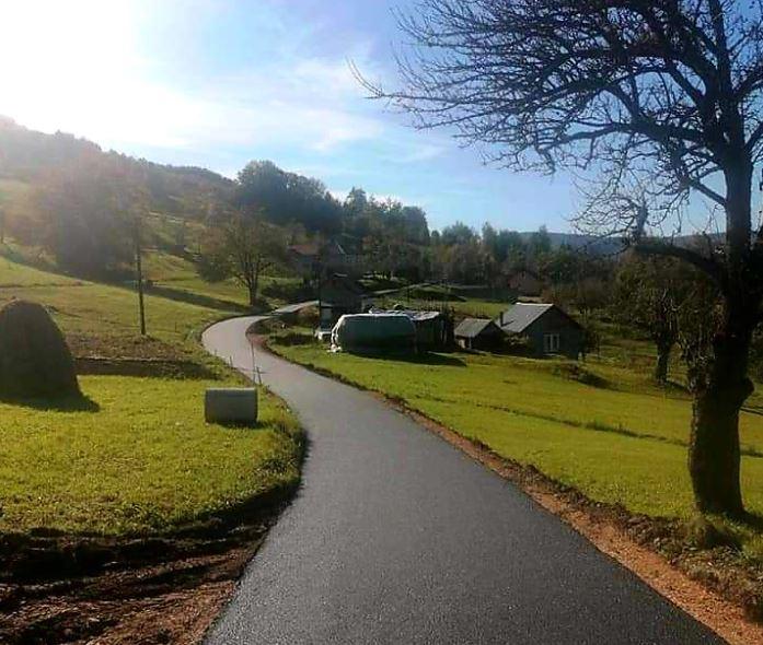 Opština Berane završila asfaltiranje pet kilometara puteva u šest sela