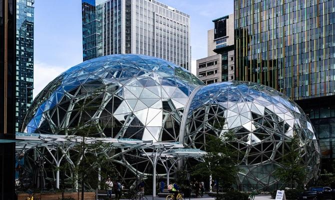 Amazon na lošem glasu: Radnike kažnjavaju ako žvaću žvaku