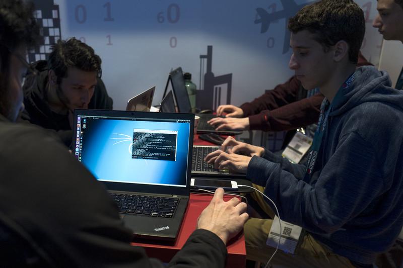Programeri postidjeli državu: Besplatno joj prave sistem za plaćanje putarine