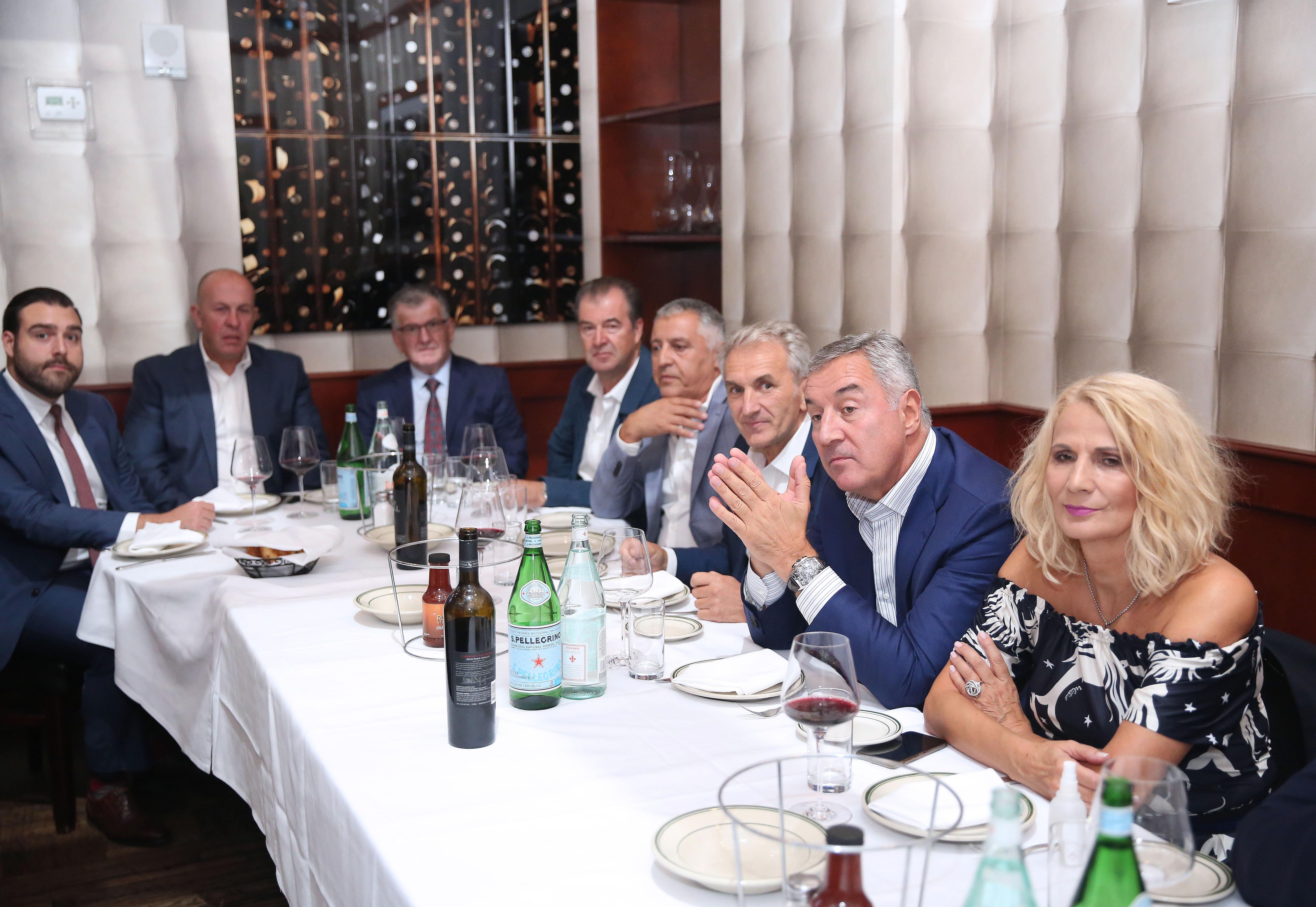 Đukanović u Njujorku sa dijasporom: Crna Gora ponosna na to kako nas predstavljate