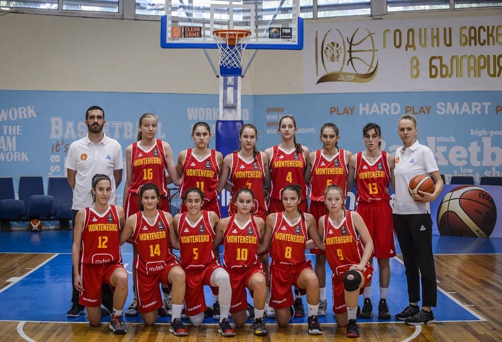 Crnogorske košarkašice za 13. mjesto