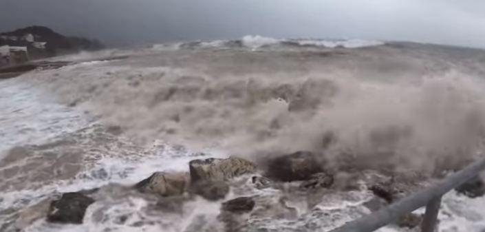 Izmjeren najveći talas ikad na Jadranu