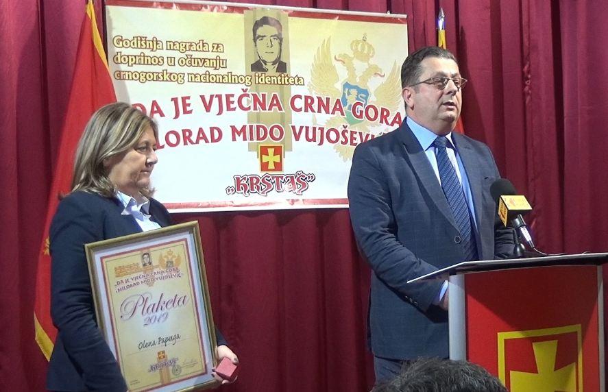 """Uručena godišnja nagrada """"Da je vječna Crna Gora – Milorad Mido Vujošević"""""""