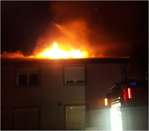 Požar u Vranićima, vatra buknula u potkrovlju kuće