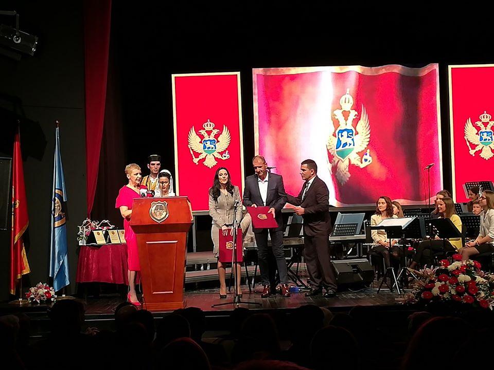 Vatrogasci Tivta dobili Novembarsku nagradu i još jednom pokazali humanost