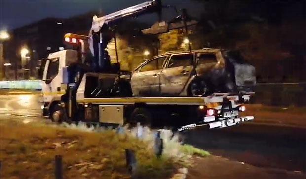 Ovo je automobil koji je zapaljen nakon ranjavanja Davidovića