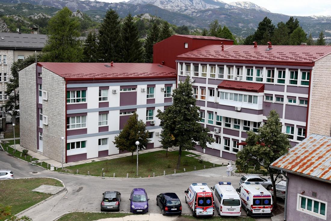 Pojedinci za primjer: Cetinjanin donirao 50 hiljada eura bolnici