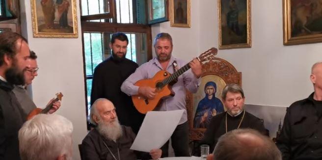 Još jedna provokacija SPC: Irineju pjevali o srpskoj Podgorici, odbrani svetinja, sili nečastivog…!