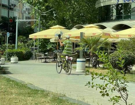 Biciklo s ventilatorom - zvuči ludo, ali hladi!