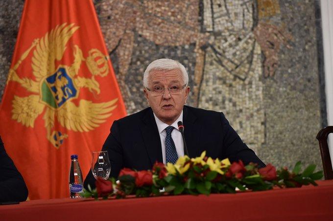 Marković: Ne igrajte se sa državom i njenim simbolima, tražićemo vas dok vas ne nađemo!