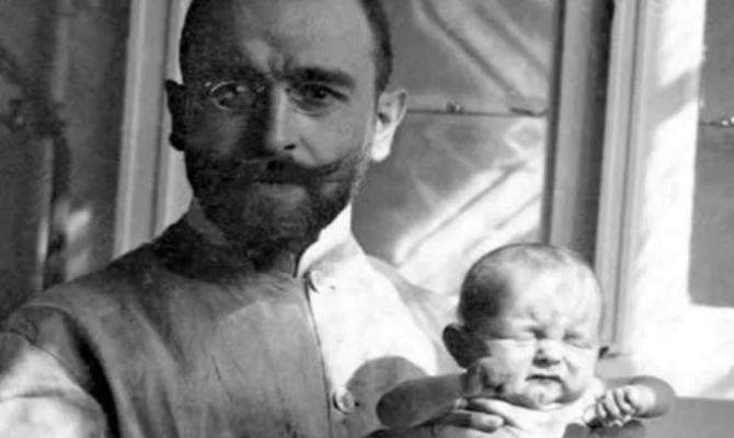 Skromni austrijski ljekar koji je supom od šargarepe spasio hiljade beba
