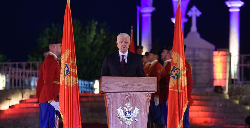 Šta crnogorski premijer (ne) zna o svetosavlju