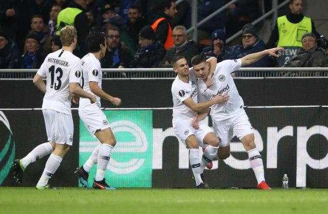 Jović izbacio Inter, Arsenal prošao u četvrtfinale