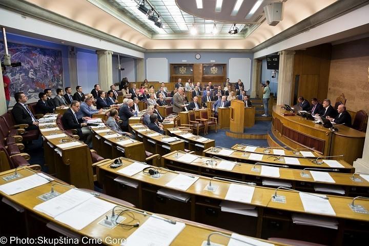 Novi etički kodeks: Neće se moći izbjegavati kažnjavanje poslanika