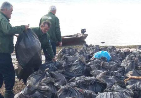 NP Skadarsko jezero: Sakupljeno nekoliko stotina vreća otpada