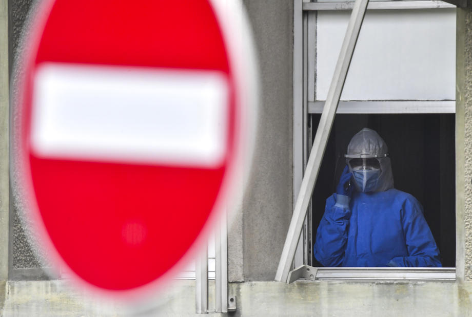 Hrvatska produžila zabranu prelaska granice za susjede