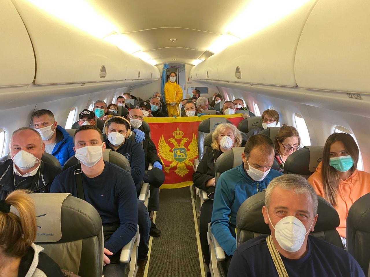 Crnogorski državljani stigli iz Frankfurta