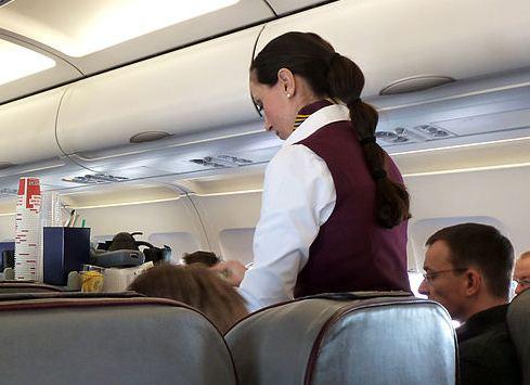 Stjuardesa preminula od malih boginja, zarazila se na letu iz Njujorka