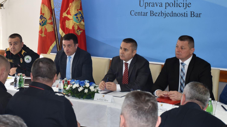 Veljović: Procesuiraćemo odgovorne za skrnavljenje državnih simbola
