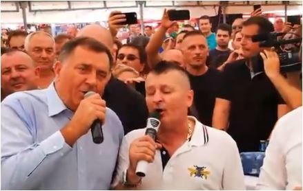 Dodik ponovo pjevao i poručio: Živjela Republika Srpska, živjela Srbija