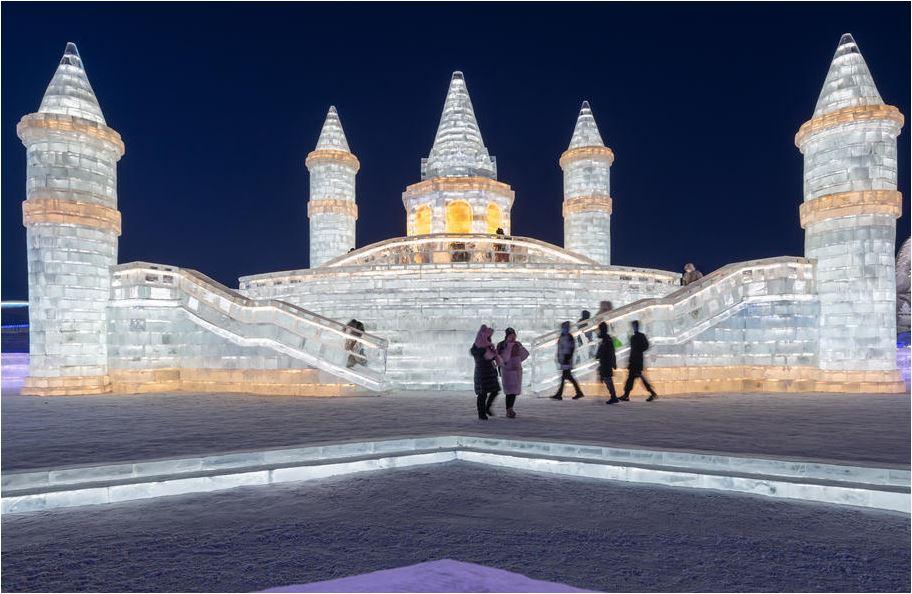 Kina: Spektakularni grad isklesan od snijega i leda