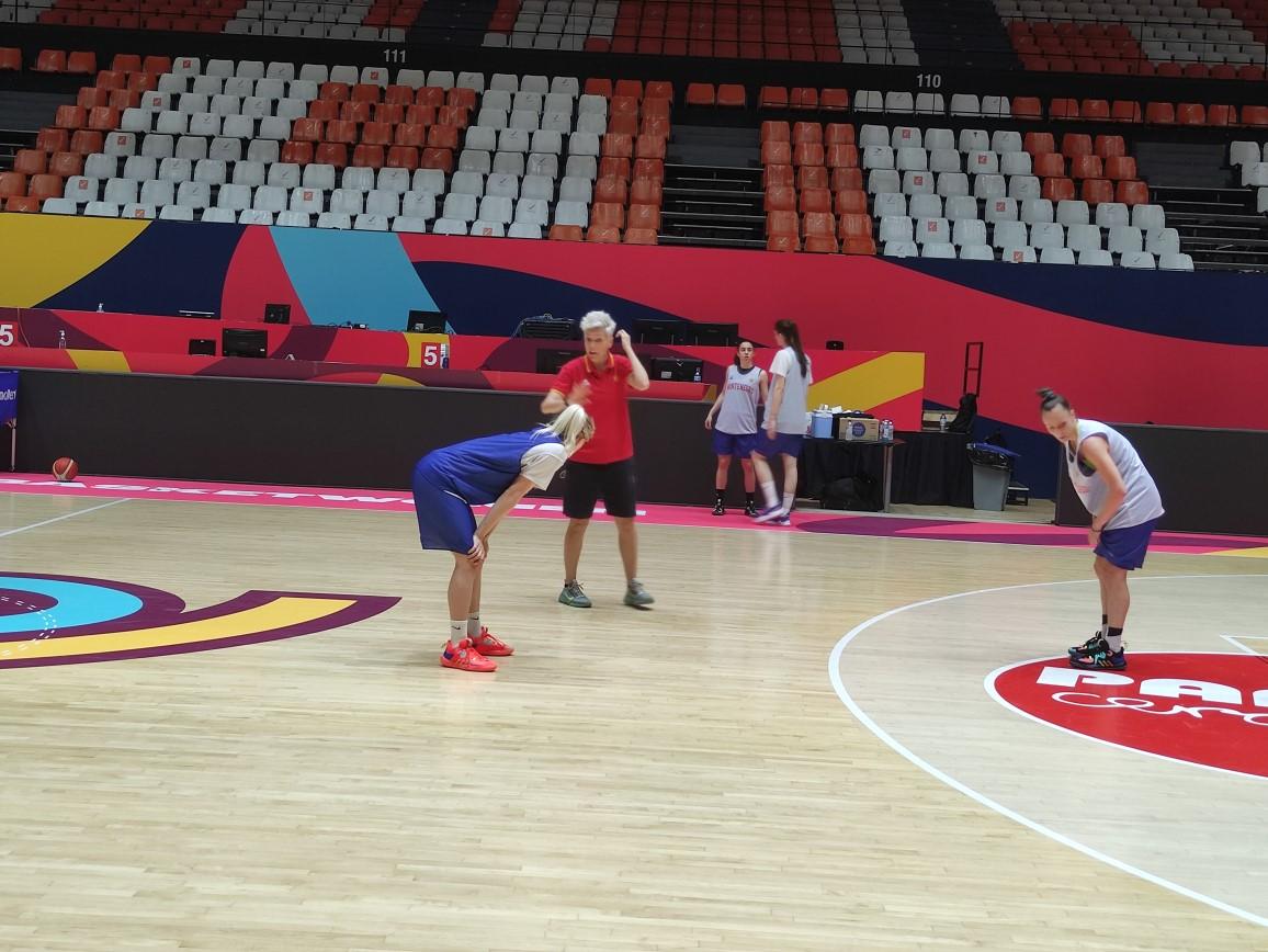 Crna Gora obezbijedila osminu finala Eurobasketa